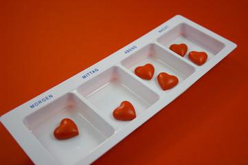 Tablettenbox_mit_Herzchen