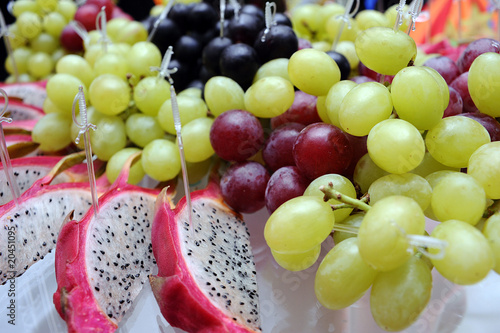 Grapes and pitahaya