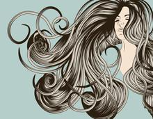 Лицо женщины с подробным распущенные волосы