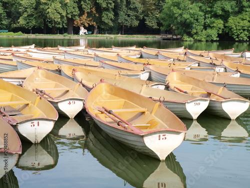 barques Bois de Boulogne Paris France 2