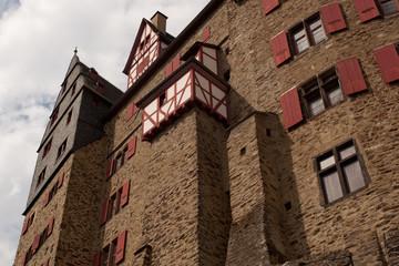 Fassade der Burg Eltz, Eifel