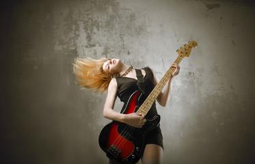 Female bass player