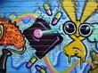 Fototapete Fröhlichkeit - Gesicht - Graffiti