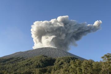 volcan semeru
