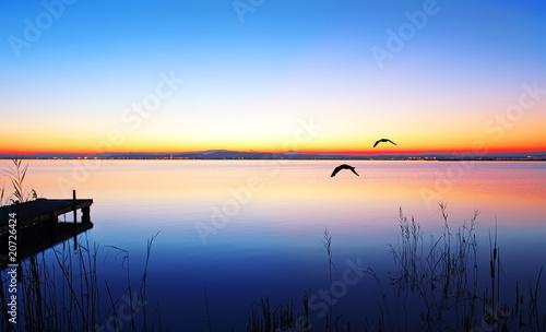 Fotobehang Pier el lago de colores
