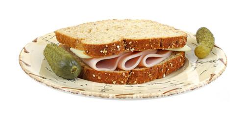 Turkey sandwich with pickles