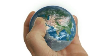 Weltkugel in der Hand