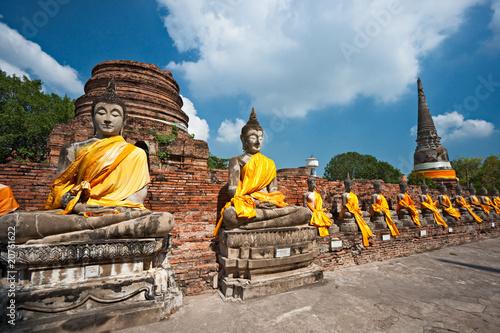 Zrujnowana stara świątynia Ayuthaya, Tajlandia,