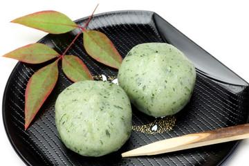 Japanese sweet(yomogimanjyu)