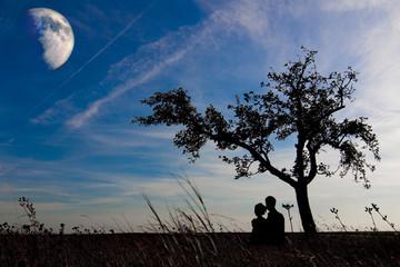 Allein stehender Baum