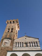 Iglesia antigua, La Toscana,Italia