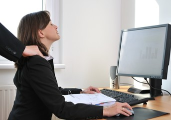 Business person receives massage from colleague
