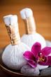 Pochons massage Luk Pra Kob et orchidée