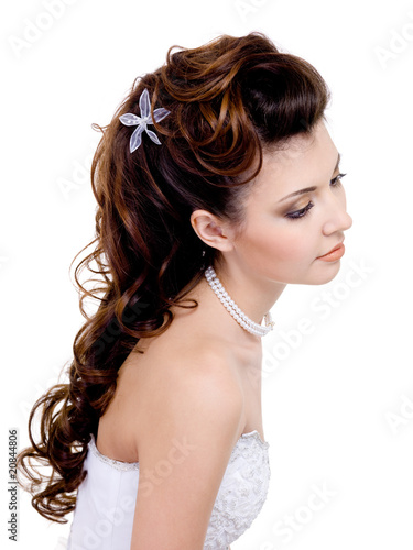 wedding hairstyle picture. beautiful wedding hairstyle