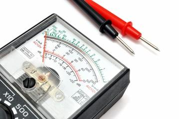 Multimetro analogico