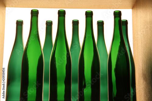 leere weinflaschen von klaus eppele lizenzfreies foto 20938456 auf. Black Bedroom Furniture Sets. Home Design Ideas