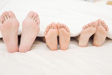 家族の足の裏
