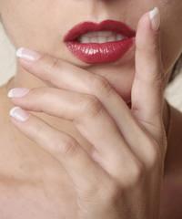 Hände und Mund