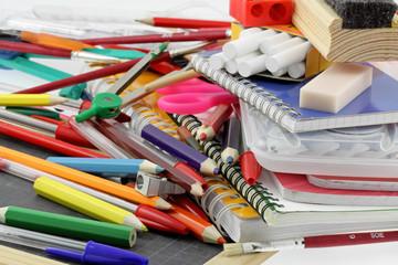fournitures, matériel scolaire, rentrée des classes