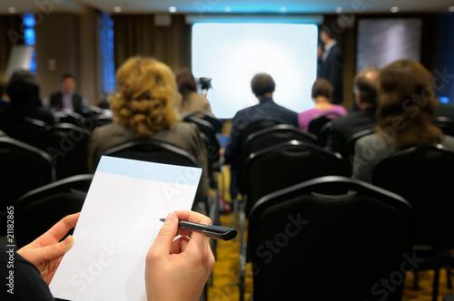 Fototapete Menschen in der Sitzung - Menschen bei der Versammlung - Wandtattoos - Fotoposter - Aufkleber