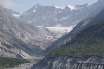 Mountain pass with glacier