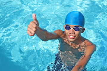 swimmer in thumbs up