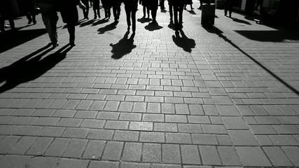 Schatten auf der Strasse im Sonnenuntergang (2)