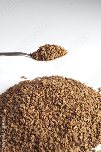 Decaffeinated coffee granules with spoon