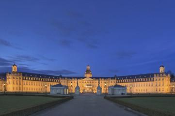 Karlsruhe Schloss am Abend