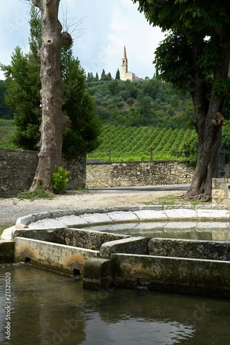 Leinwanddruck Bild castegnero fontana piazza provincia di vicenza colli berici