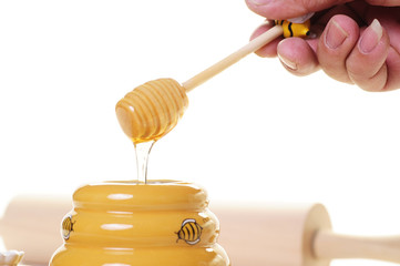 honey and wood stick