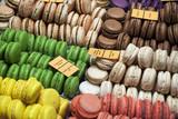 Sélection de macarons multicolores - 21336631