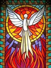 Duch Święty witraże