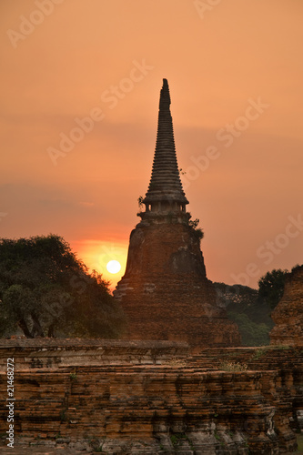 Stupa in the sun set