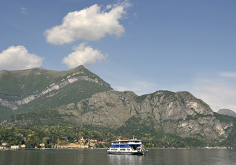 Ferry crossing Lake Como from Bellagio