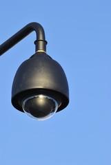 Camara de vigilancia en ciudad