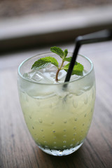 ice green drink