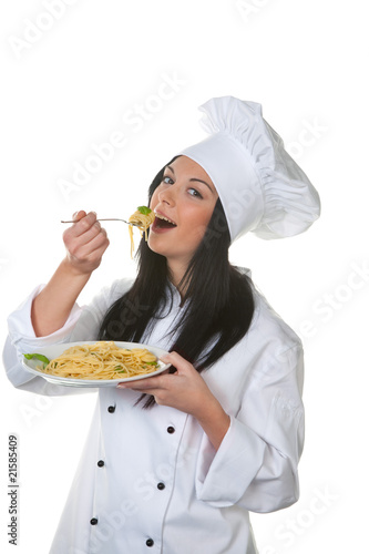 Apprentice chef tasted the homemade dish