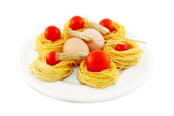 pasta all'uovo con pomodorini