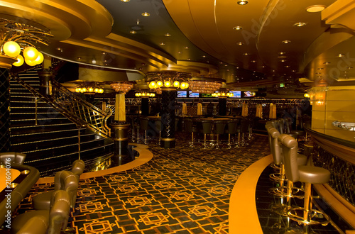 Leinwanddruck Bild Magnificent interiors and rest on cruise the ship.Casino