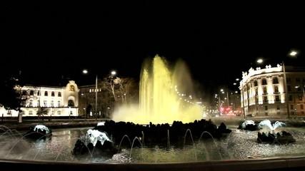 Schwarzenbergplatz in Wien bei Nacht