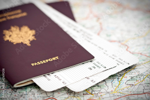 Plexiglas Vliegtuig Passeports et billets d'avion