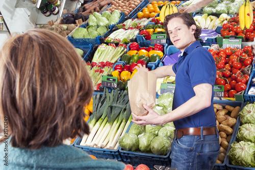 Greengrocer - 21701249