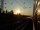 Transsibirische Eisenbahn bei Sonnenaufgang in der Taiga - 21708453