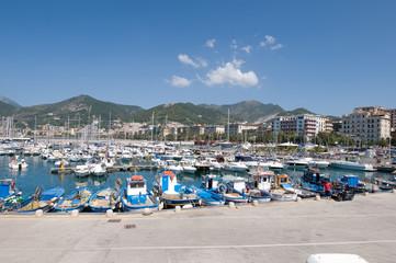 porto turistico di Salerno