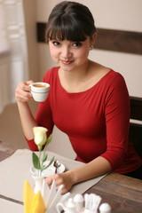 コーヒーショップの女性