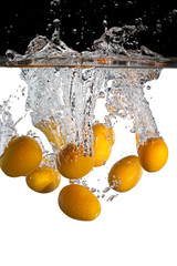 Kumquats in Wasser 2