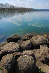Capodimonte  comune di Viterbo - La spiaggia