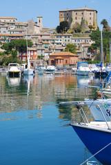 Capodimonte veduta panoramica - Viterbo - La Rocca e il porto