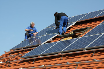 Assembling new solar electricity